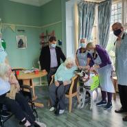Jonathan Kaye and Acehounds visit Conewood Manor